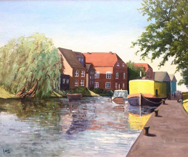 Gelbes Hausboot in Emden